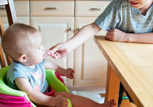 How to share your baby led weaning journey – start a blog today!