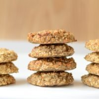 2 ingredient cookies (fruit and oats)