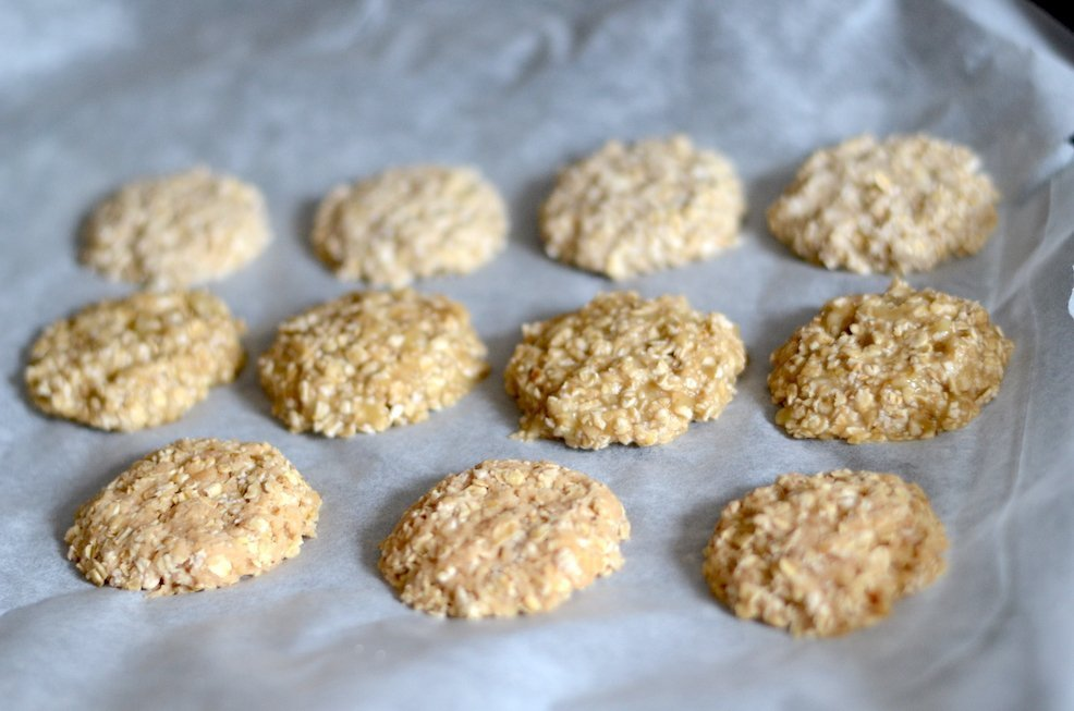 2 ingredient cookies sweetened only with fruit