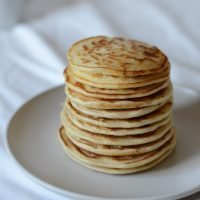 3 ingredient fluffy pancakes (6 months+)